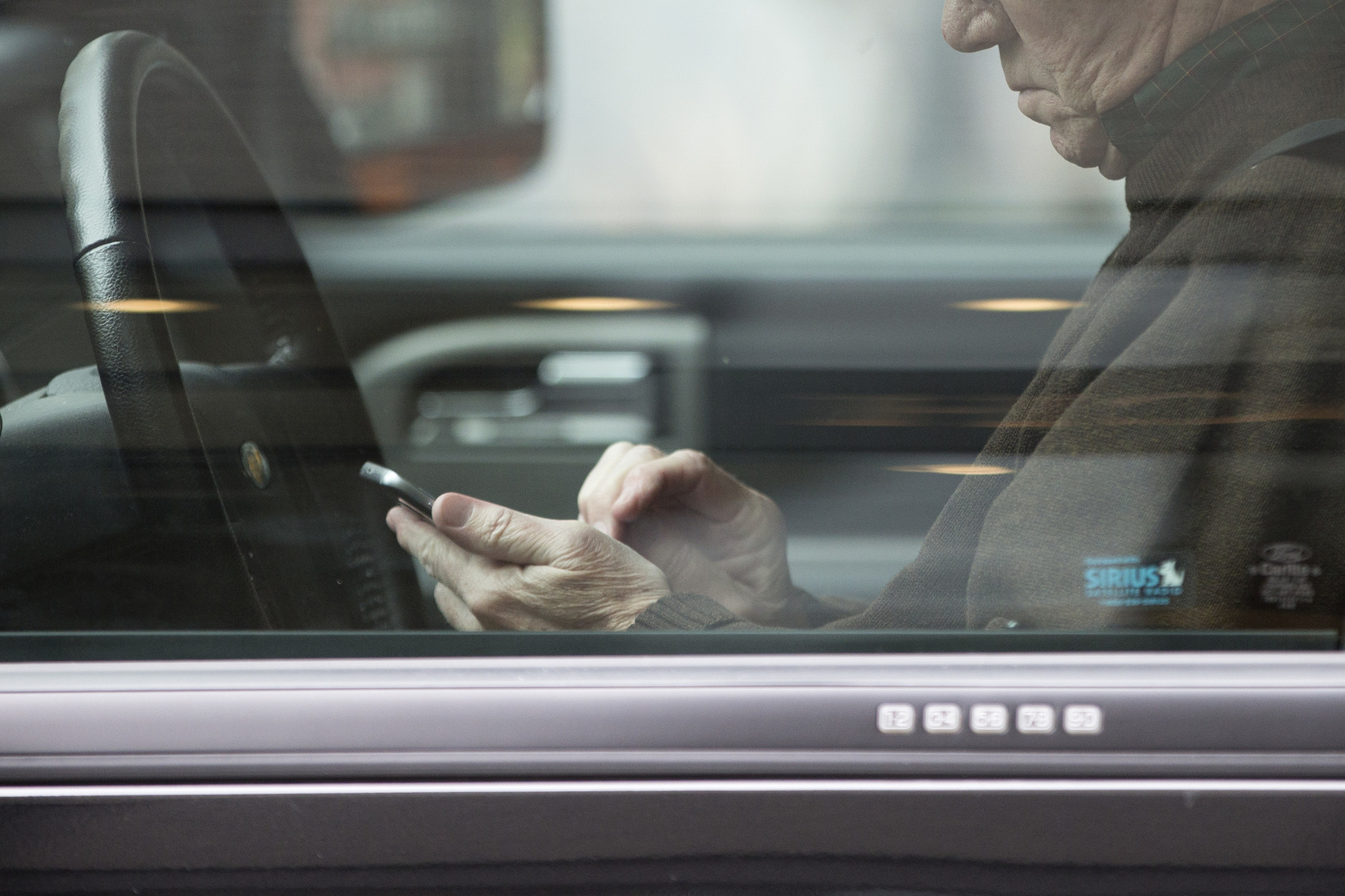 texting and driving stop it chicago tribune