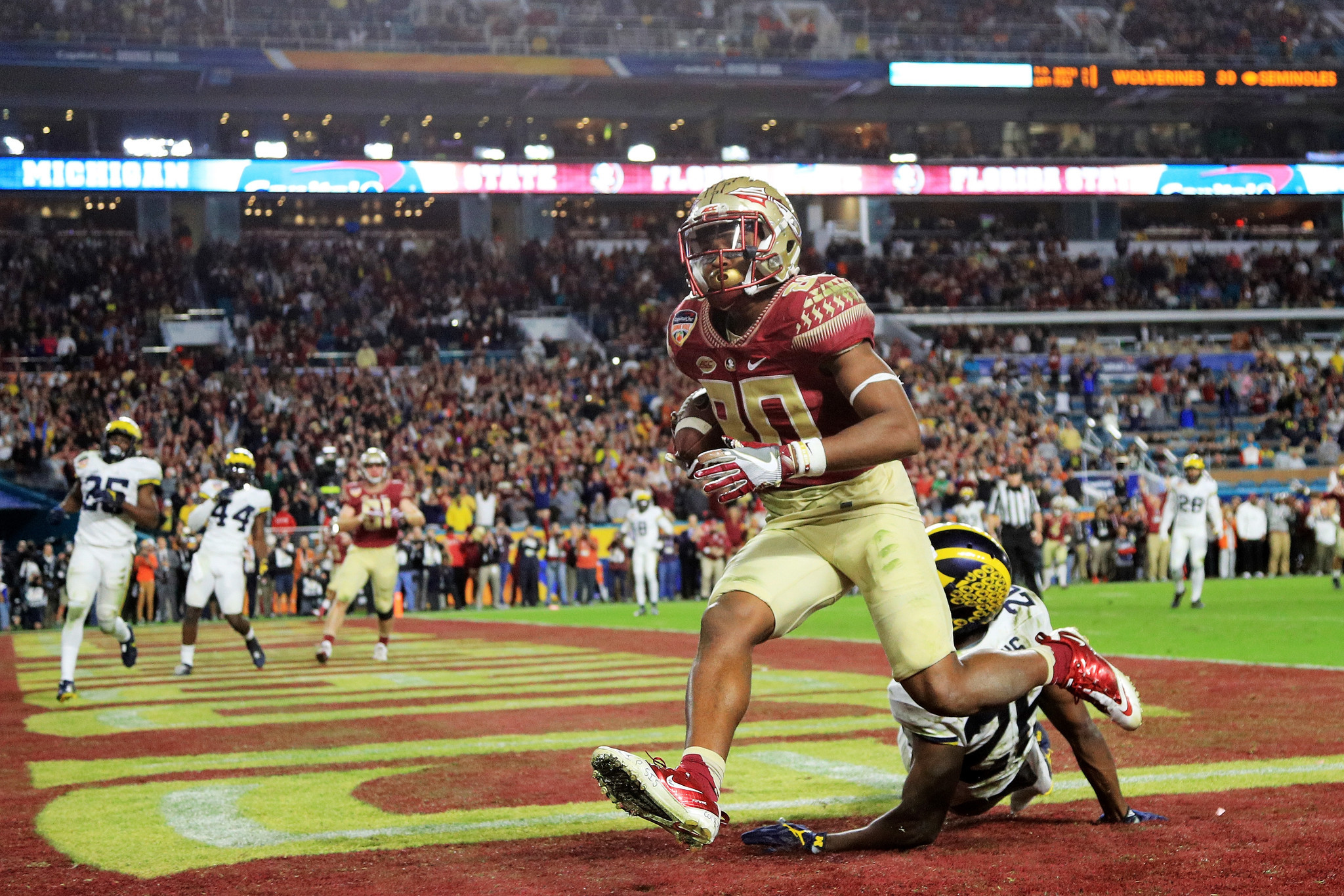 Ct-college-football-bowl-roundup-20161230