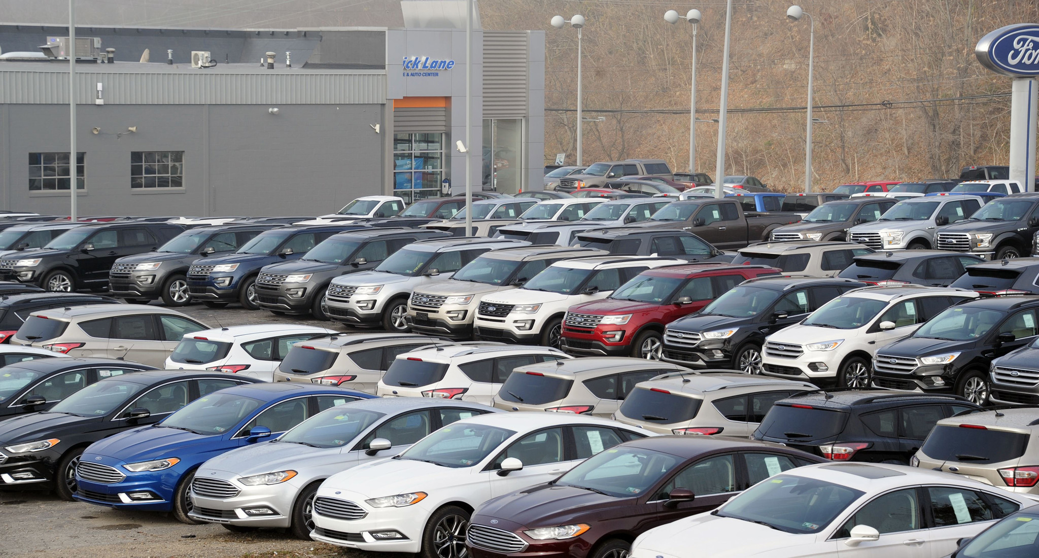 Auto sales expected to match last year s record but may be plateauing la times