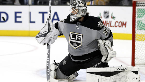 Kings Goalie Peter Budaj Making A Case For All-Star Game At Age 34