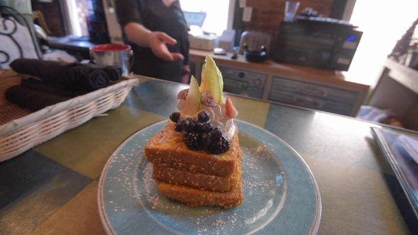Blue Moon Cafe Reviews