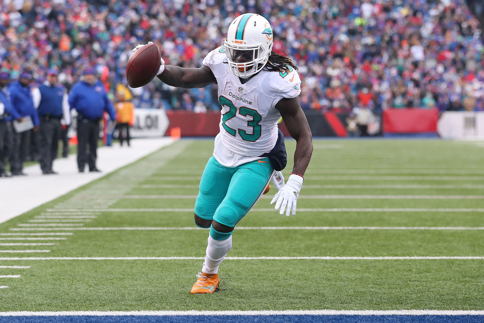 Dolphins Jay Ajayi miffed at lack of offensive recognition Sun