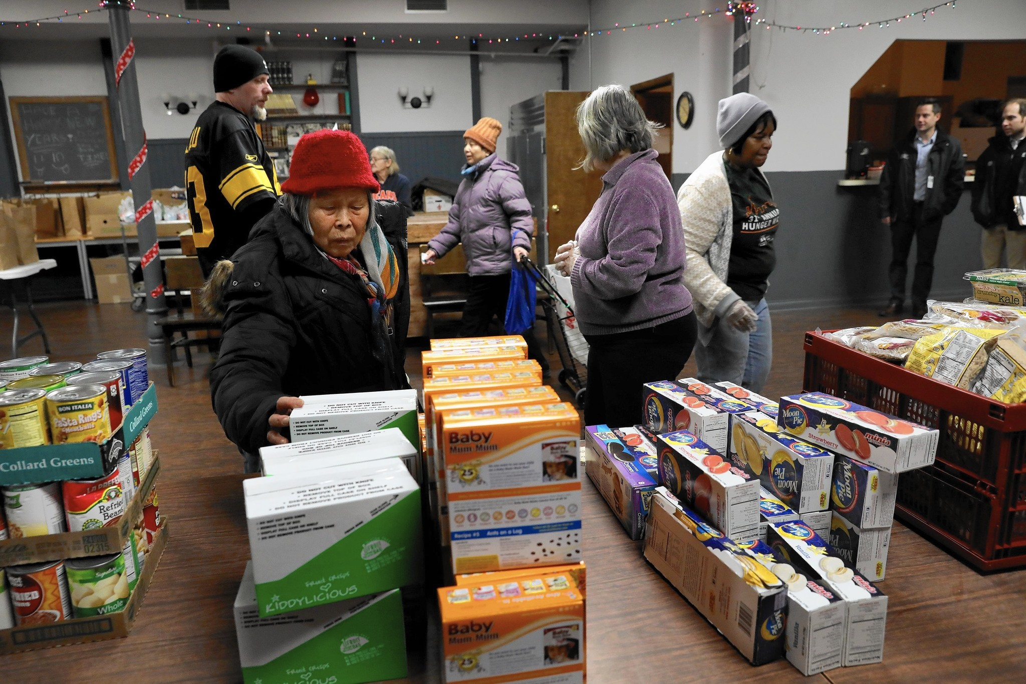 Food stamp program faces uncertain future as power shifts for Food pantry in chicago heights