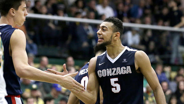 Second-half slump nearly  dooms No. 1 seed Gonzaga in second round