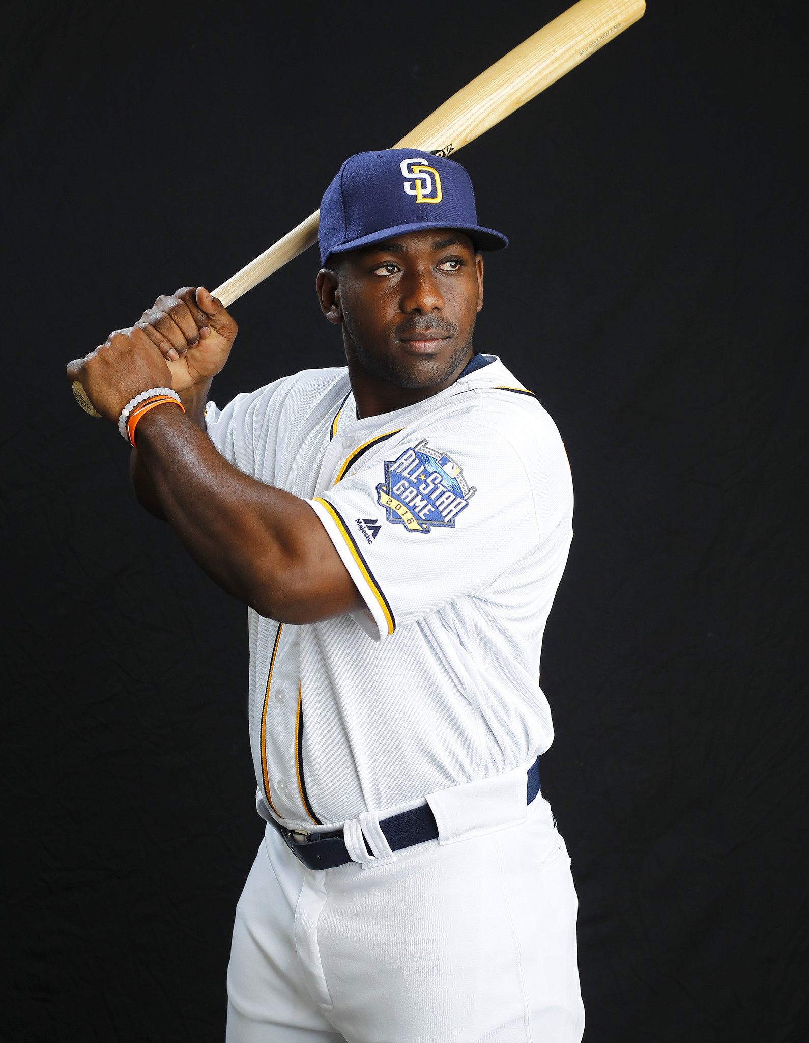 Sd-sp-padres-offseason-jose-pirela-update-20170105