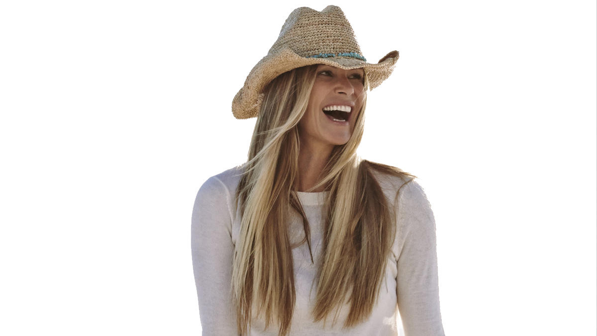 This is what supermodel Elle Macpherson does every single day - LA ...
