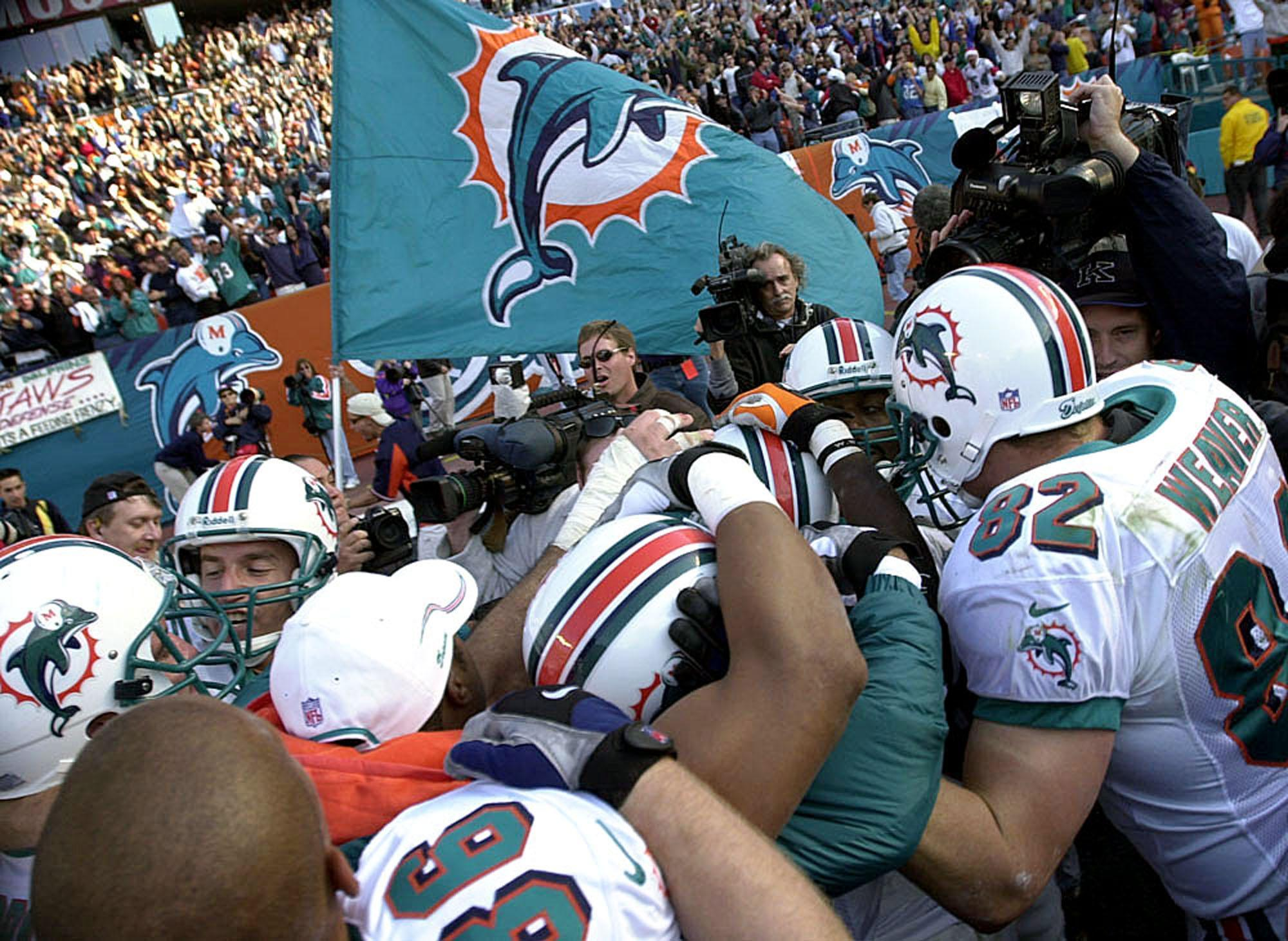 Fl-dolphins-last-playoff-win-20170107
