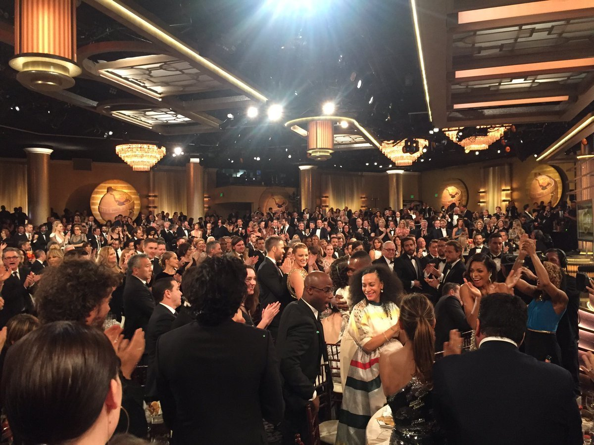 Golden globes fashion commentary 13