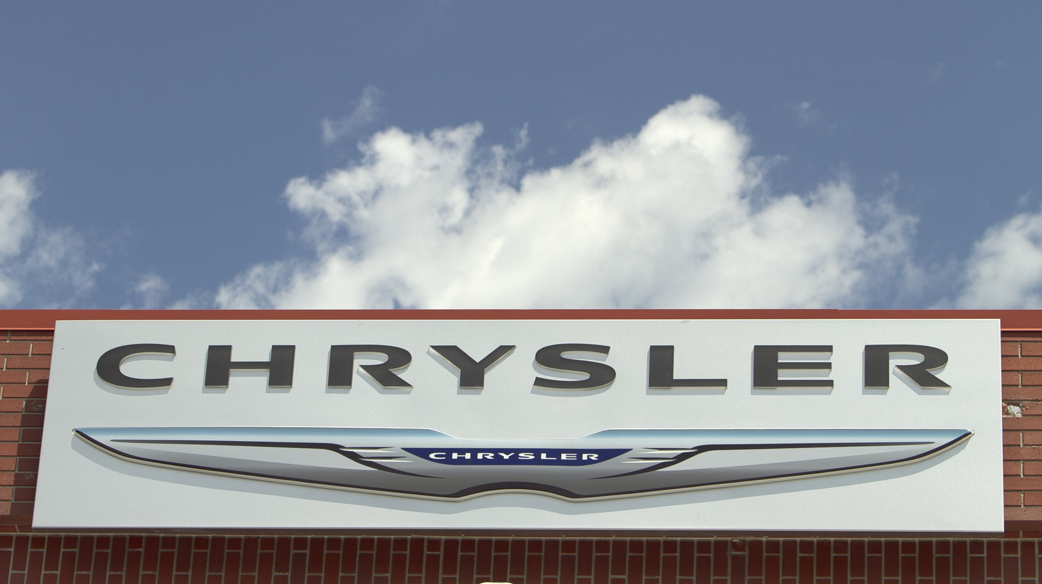 u.s. says fiat chrysler cheated on emissions - chicago tribune