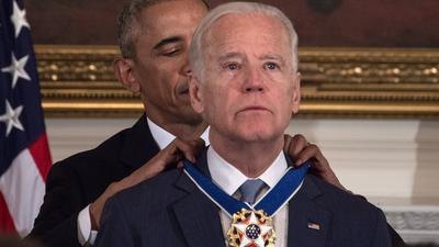 Obama brings Biden to tears, awarding him the Presidential Medal of Freedom