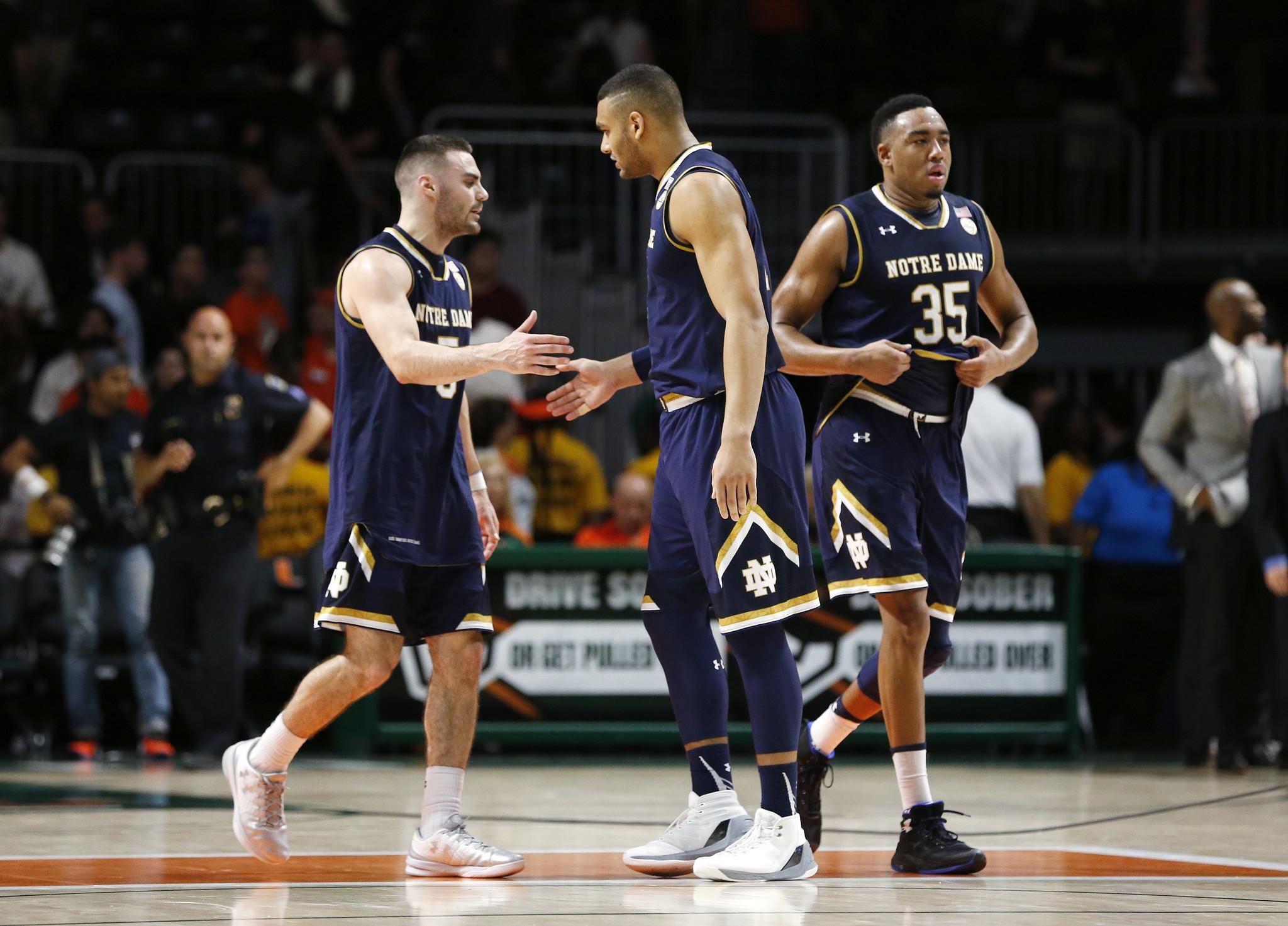 Ct-college-basketball-roundup-20170112