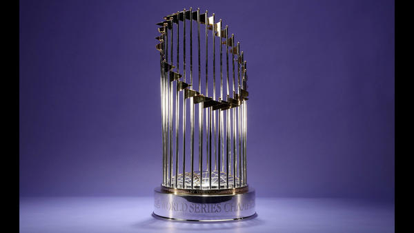 ct-cubs-world-series-trophy-spt-0113-201