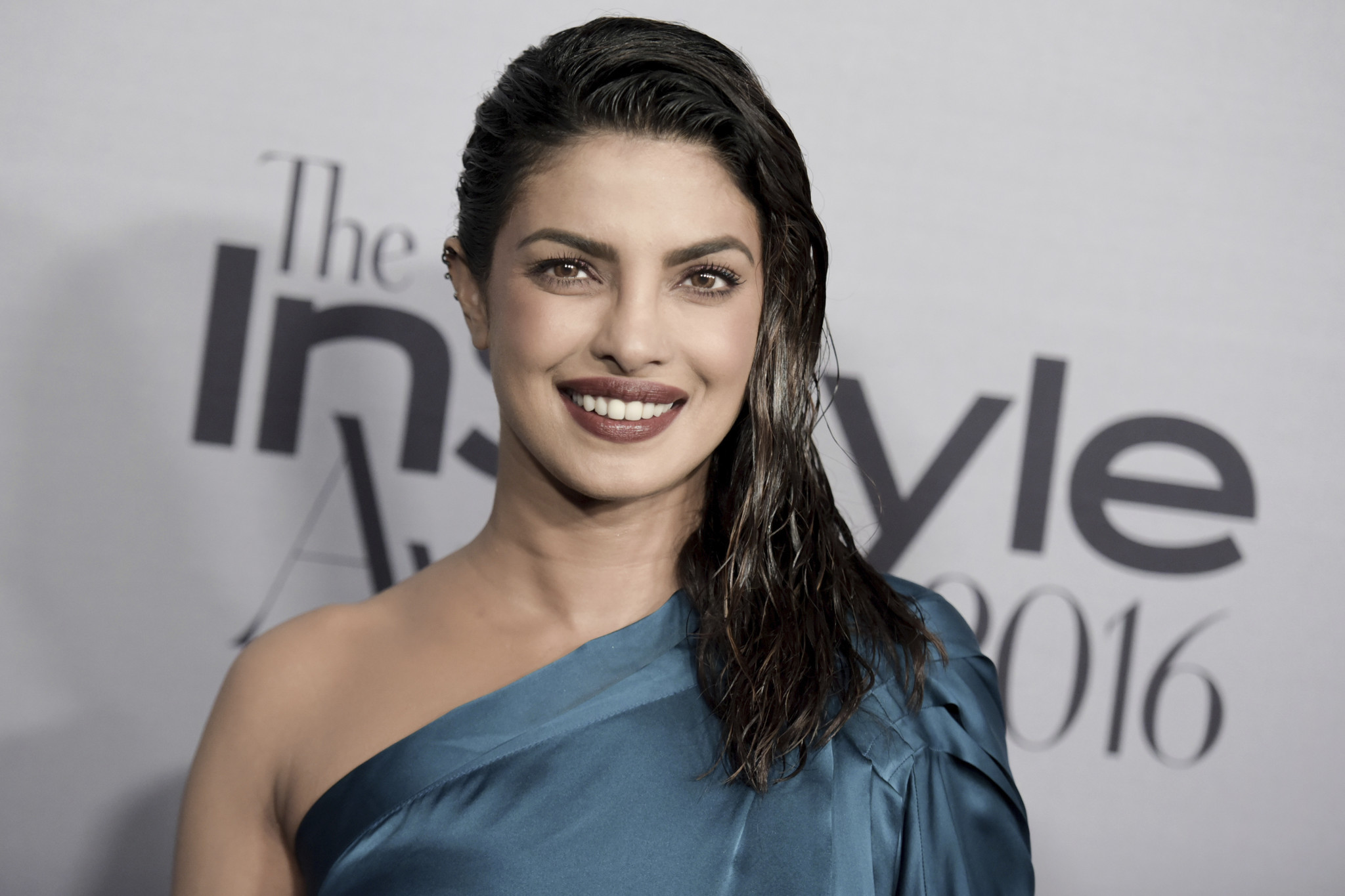 quantico' star priyanka chopra 'resting' after on-set injury