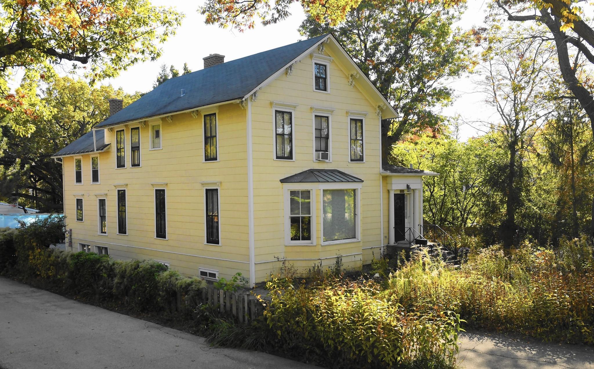 Highland park preservationists delay demo on laurel avenue for The laurel house