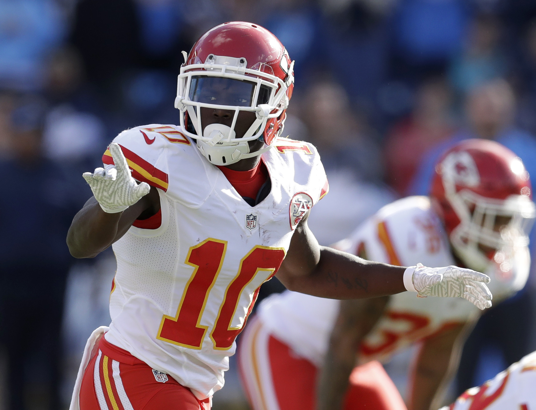 Ct-tyreek-hill-biggs-nfl-playoffs-spt-0115-20170114