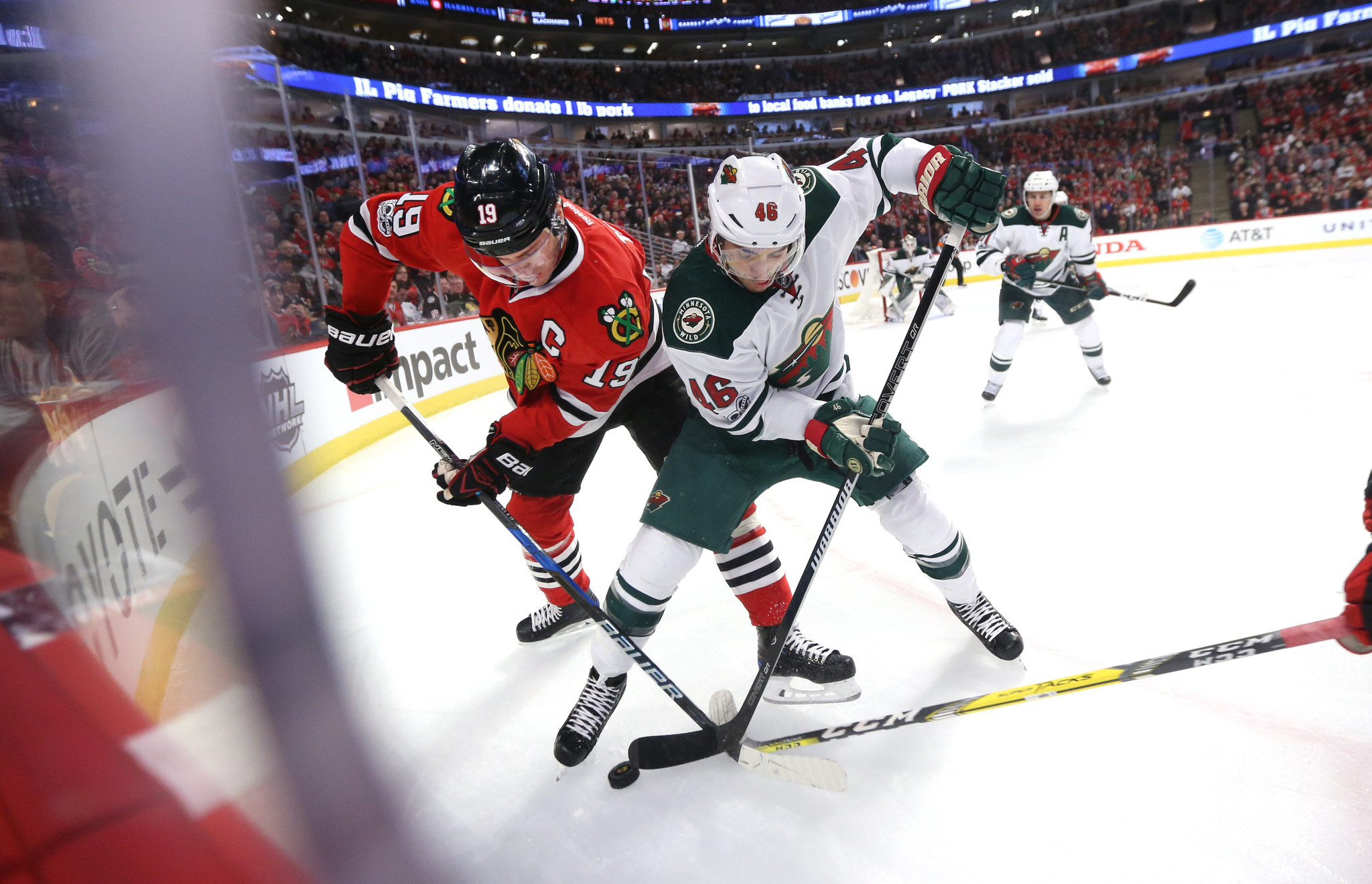 Ct-blackhawks-wild-game20170115