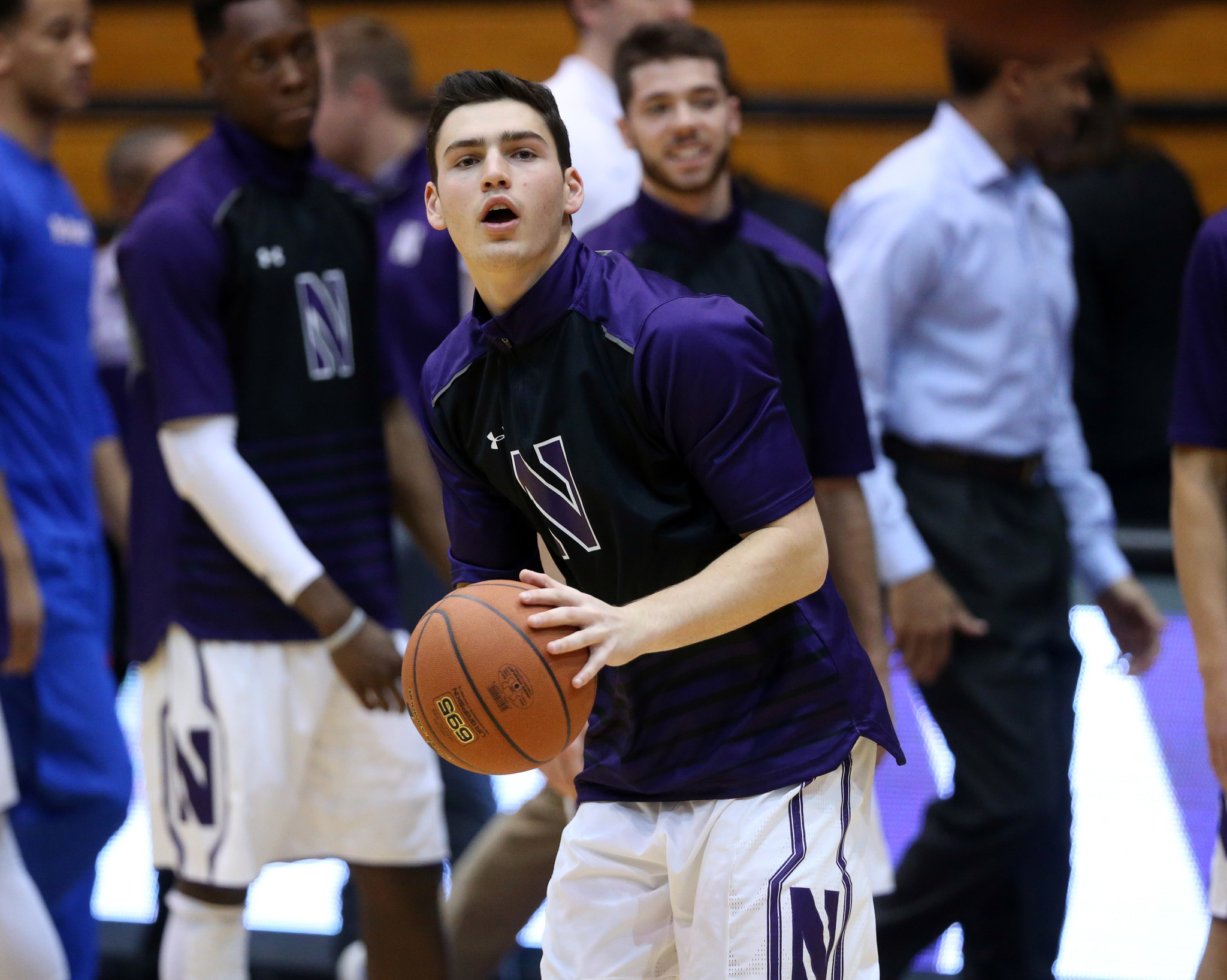 Meet northwestern 39 s charlie hall the basketball playing for Where did julia louis dreyfus go to college