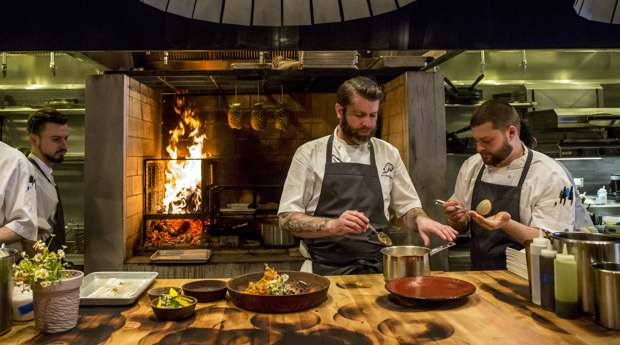 Chicago S Restaurant Of Year Chef Of Year Named At