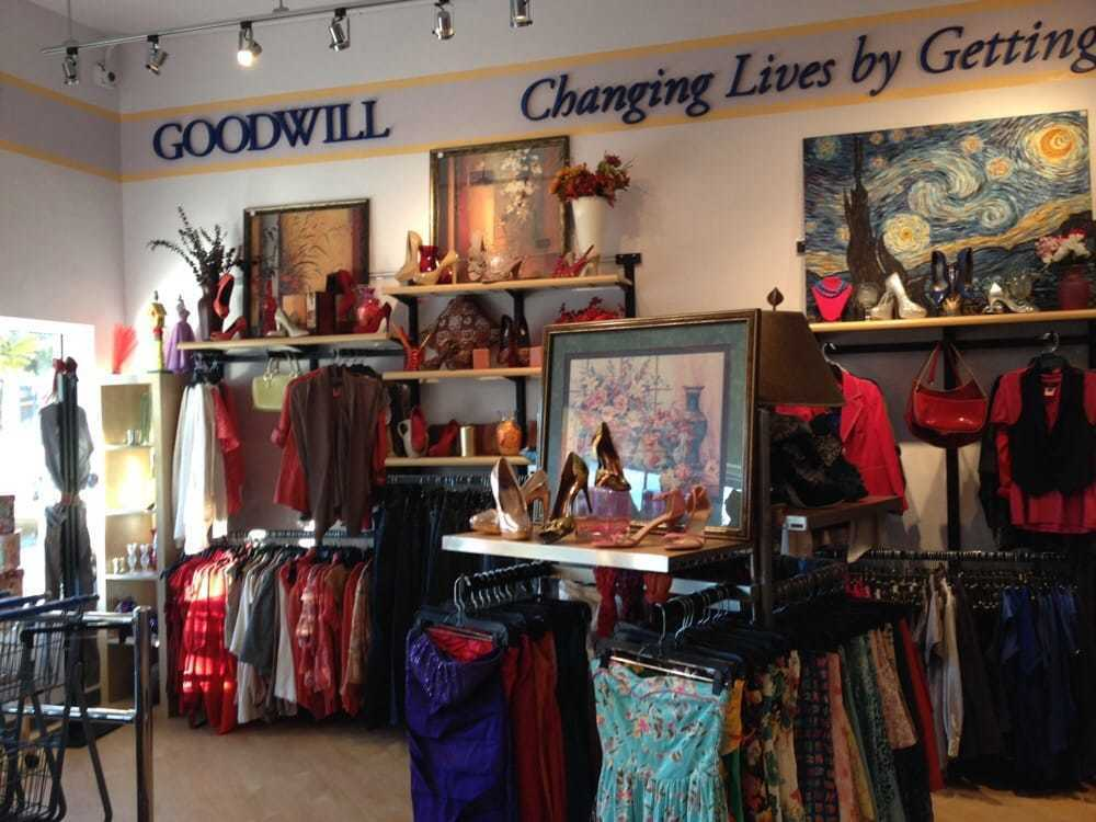 Goodwill To Open Clearance Center In Escondido The San