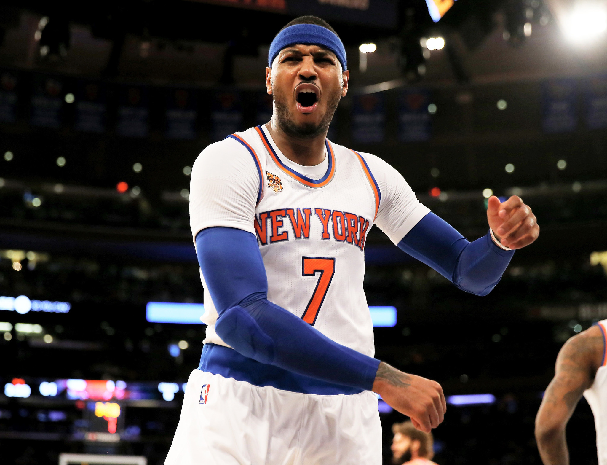 Ct-carmelo-anthony-knicks-future-trade-20170117