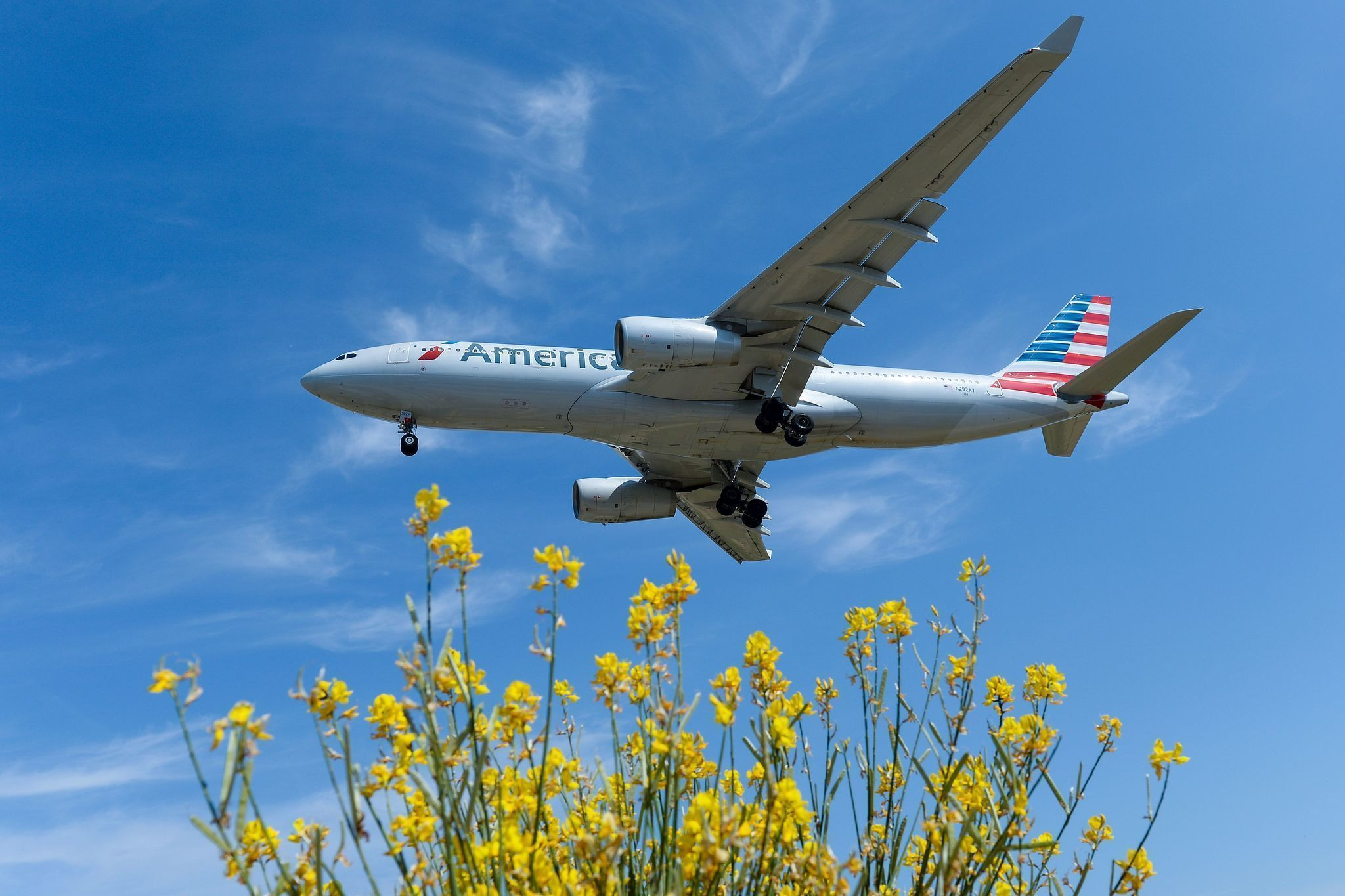 american mimics united with fare barring use of overhead bin