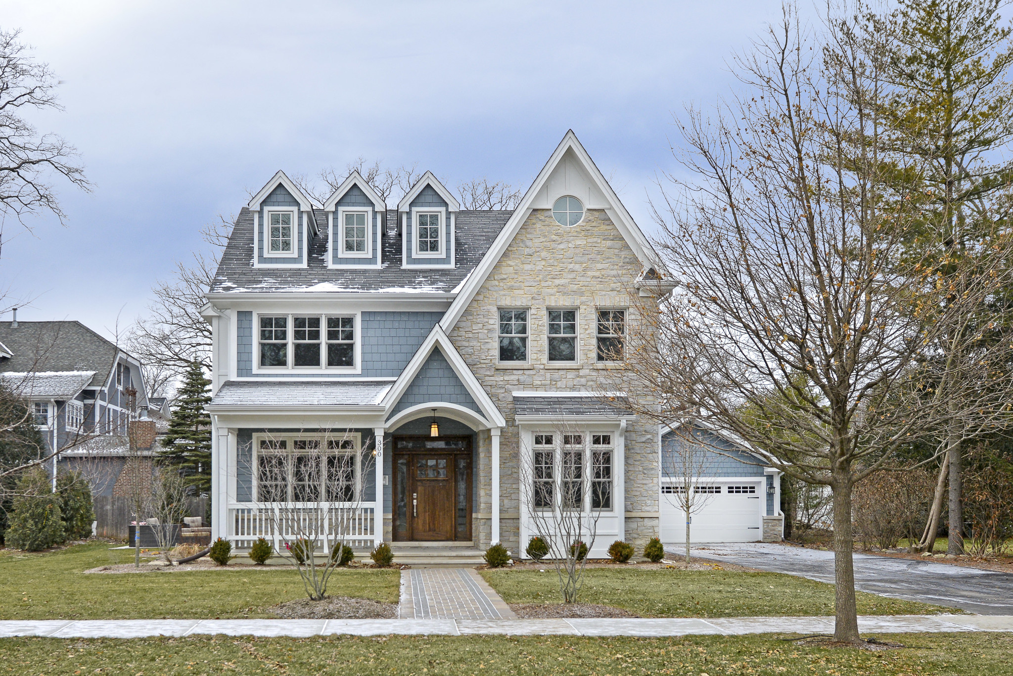 Nantucket style home in winnetka 1 8m chicago tribune for Nantucket style house