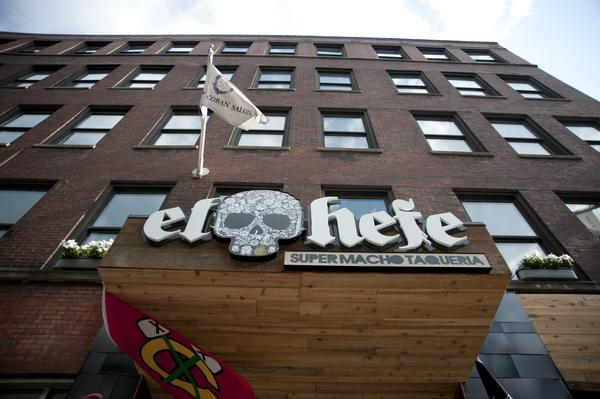 Racially insensitive pinata offends at River North nightclub