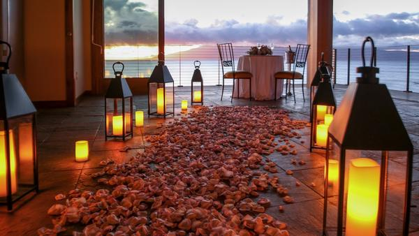 This might be Maui's perfect way to propose. It costs $20,000, and that doesn't include a ring.