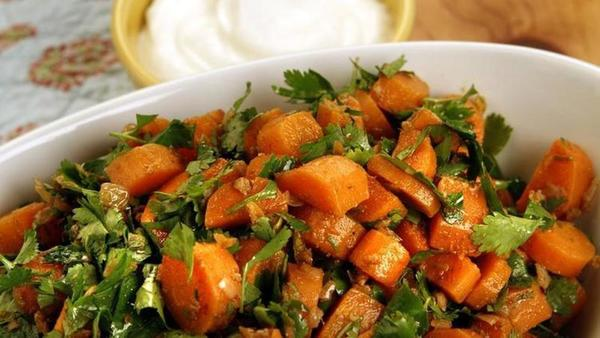 Try this spicy Moroccan carrot salad recipe for Meatless Monday