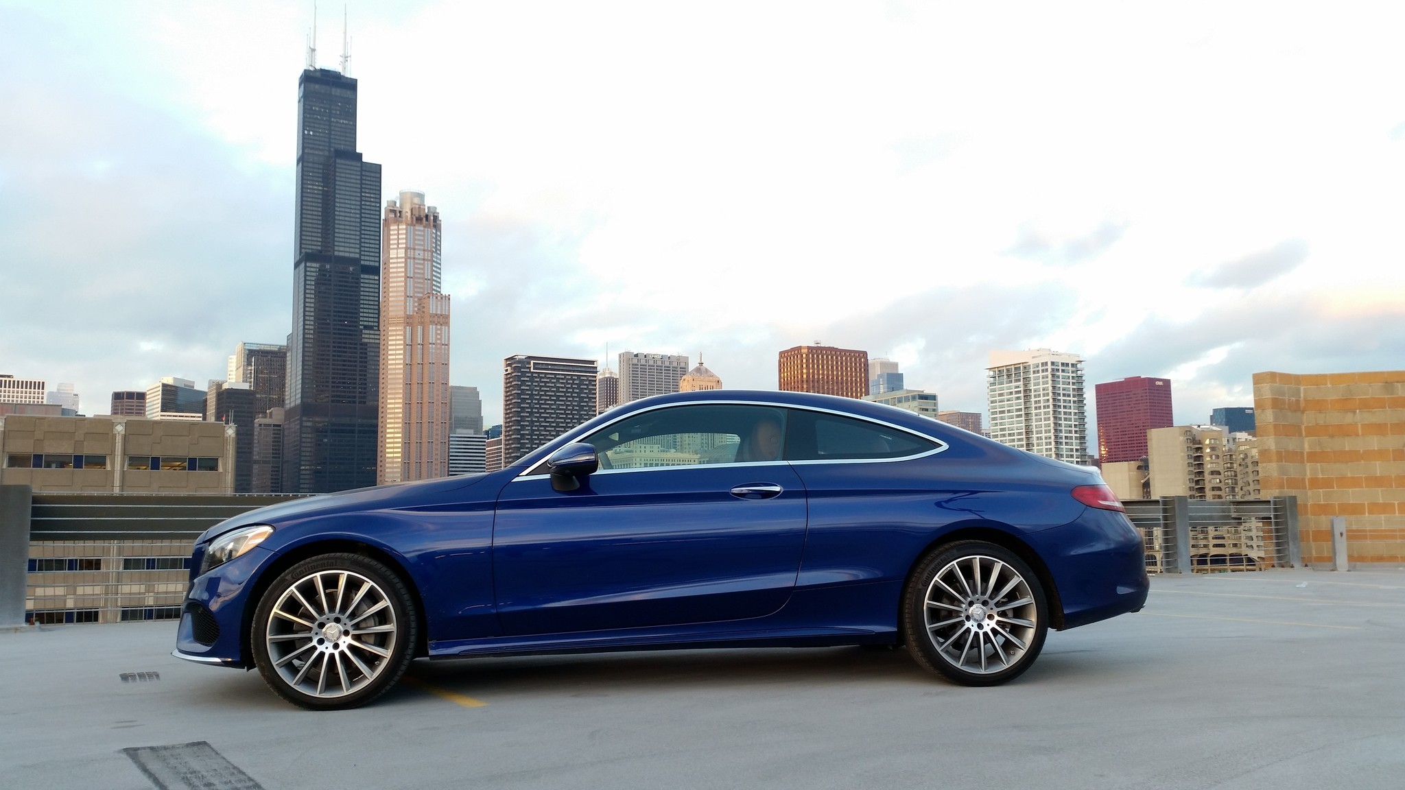 2017 mercedes benz c300 gallery chicago tribune for 2017 mercedes benz c300