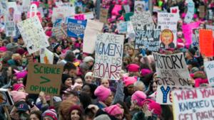 marchas de mujeres viven actualizaciones: Millones marchan en Los Ángeles y en todo el mundo después de la inauguración de Trump