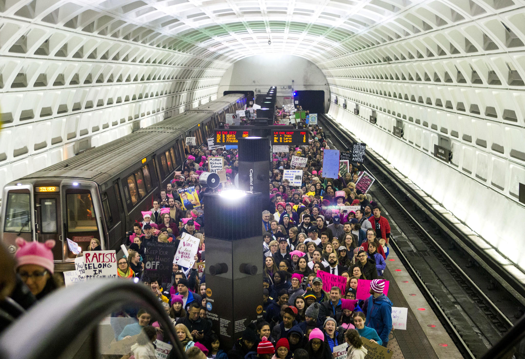 Washington Metro ridership skyrockets on day of march