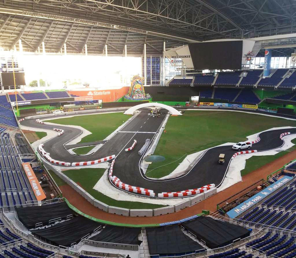 race of champions sunday noon 3 p m at marlins park sun sentinel. Black Bedroom Furniture Sets. Home Design Ideas