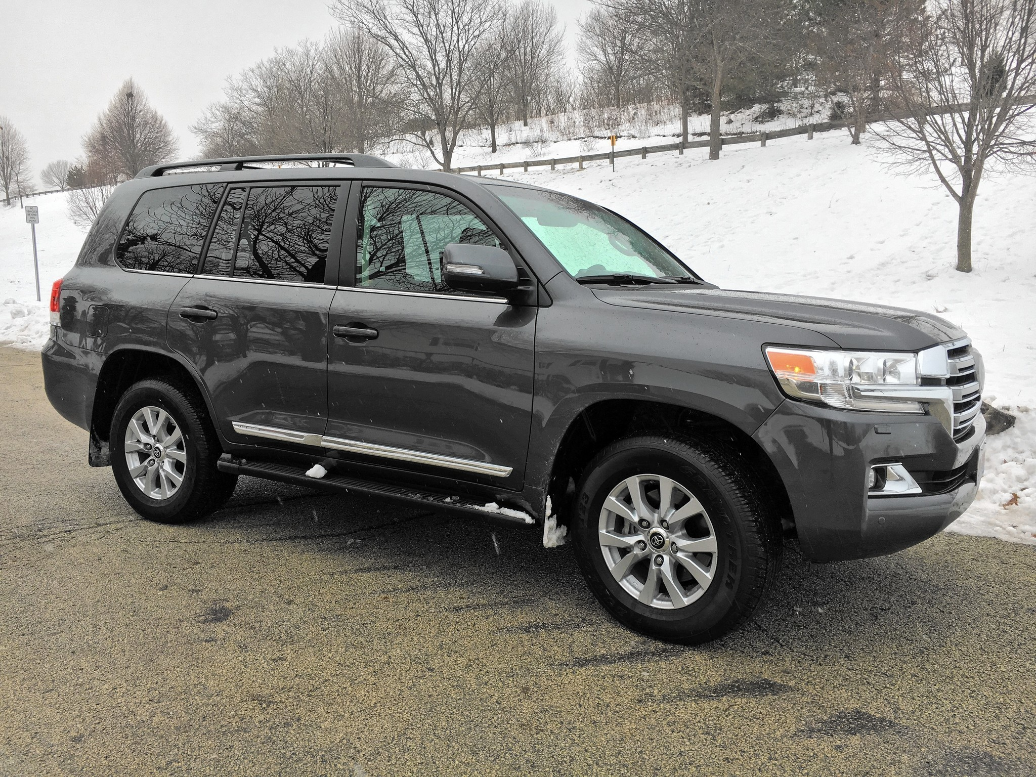 Toyota land cruiser needs a full size redesign to stay relevant chicago tribune
