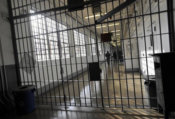 Hogan does not plan to rebuild Baltimore jail