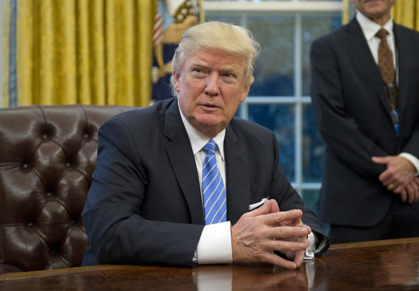 Trump imposes hiring freeze for federal workers, worrying Maryland