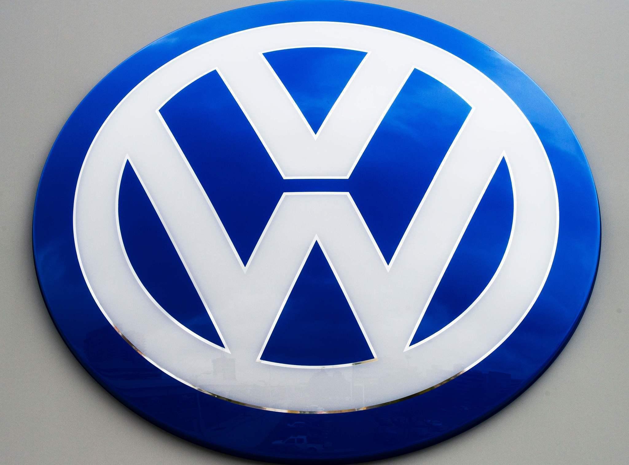 german prosecutors widen volkswagen emissions probe. Black Bedroom Furniture Sets. Home Design Ideas