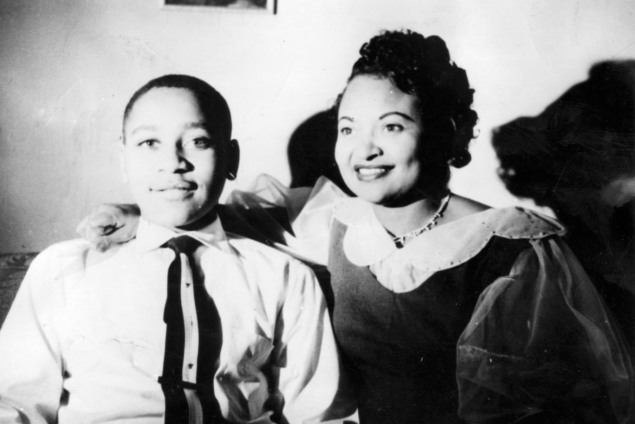 emmett till accuser admits to giving false testimony at murder emmett till accuser admits to giving false testimony at murder trial book chicago tribune