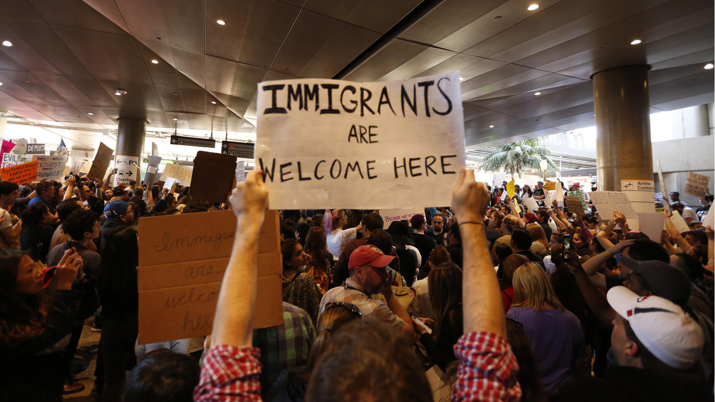 Protesters rally against President Trump's new travel restrictions on Sunday, January 29 at Los Angeles International Airport. (Genaro Molina / Los Angeles Times)