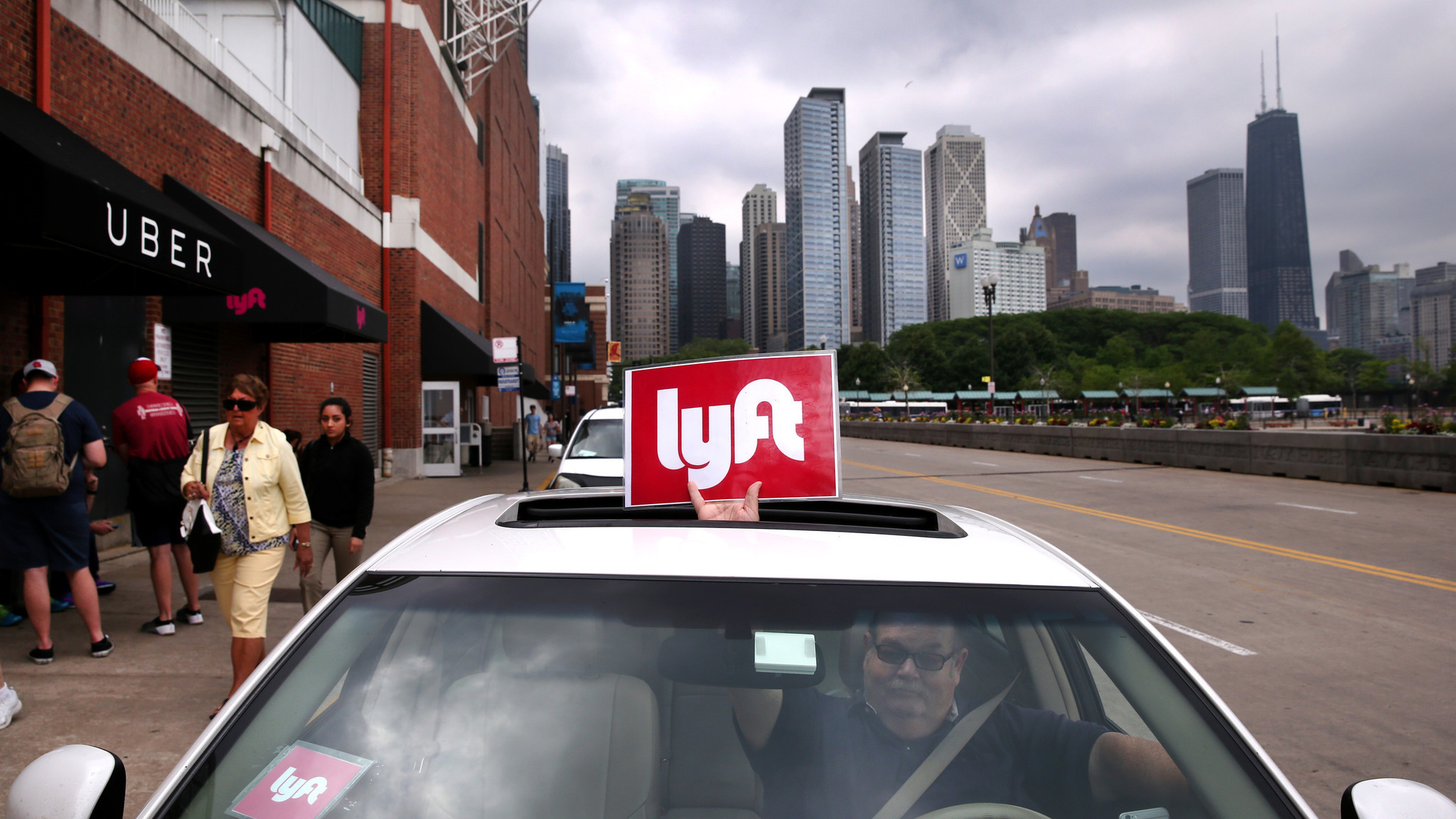 First Time Driver >> Lyft rides a wave of anger to the top of the App Store - Chicago Tribune