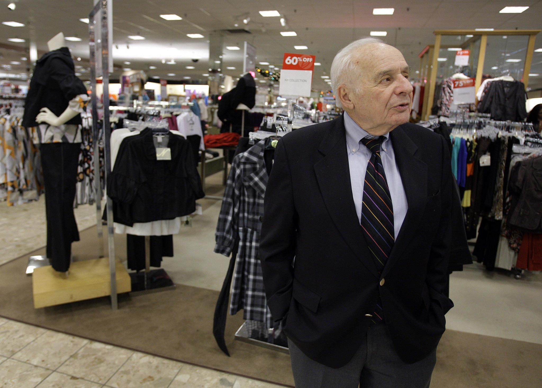 Boscov's Inc. is a family-owned department store with 47 locations in Pennsylvania, New York, New Jersey, Delaware, Maryland, Ohio and Connecticut, as well as a future location in Rhode particase.ml stores are located in Pennsylvania. The company chairman is Jim Boscov, who took over after his uncle Albert Boscov died from pancreatic cancer on February 10,