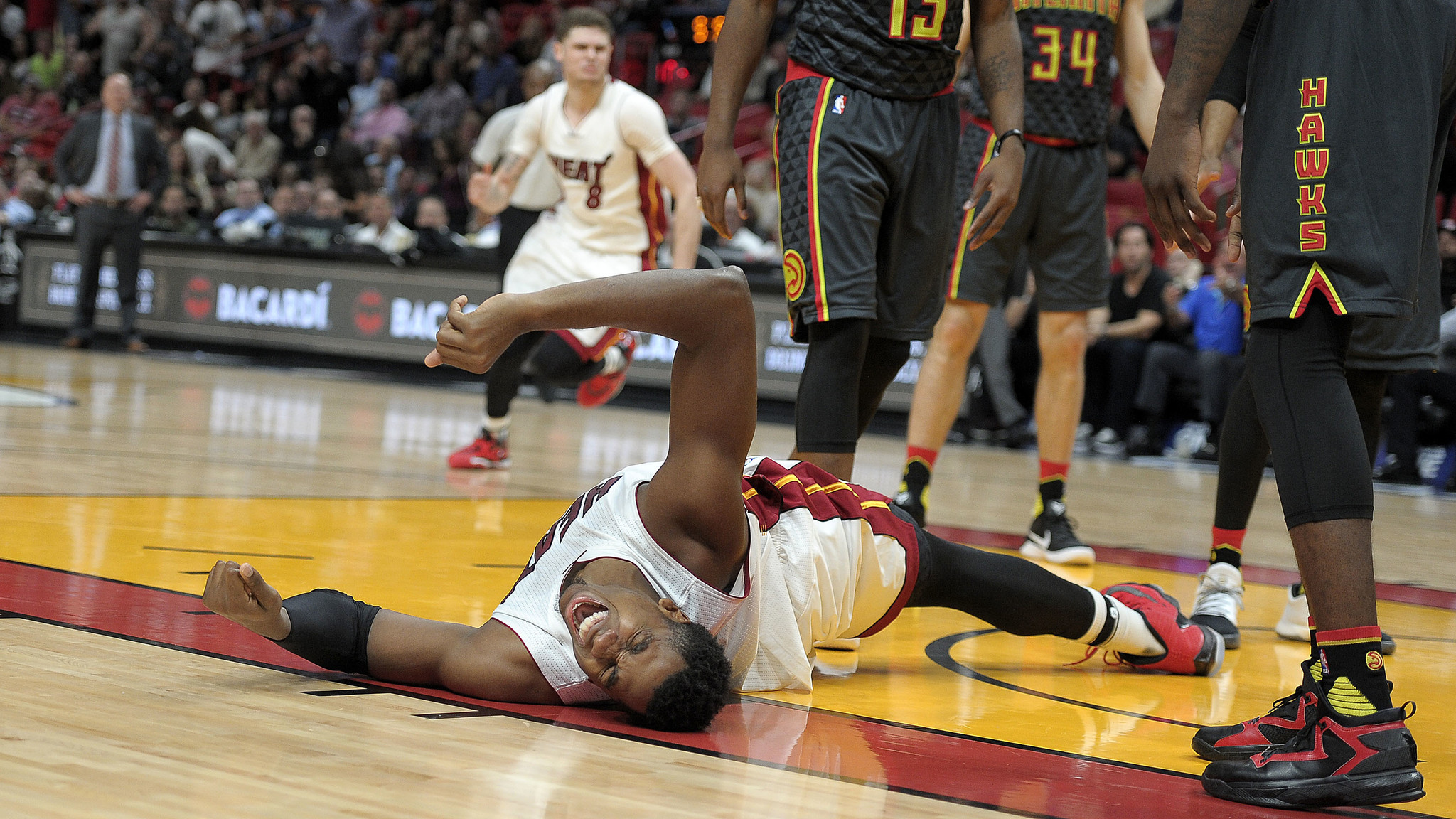 Video: Hawks' Prince commits flagrant foul on Whiteside; Johnson ejected - Sun Sentinel