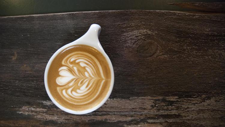 http://www.trbimg.com/img-58937c62/turbine/ct-chicago-coffee-shops-aclu-fundraiser-sprudg-001/750/750x422