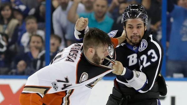 Ducks' Fistfight With Tampa Bay Lightning Ends In A 3-2 Shootout Loss