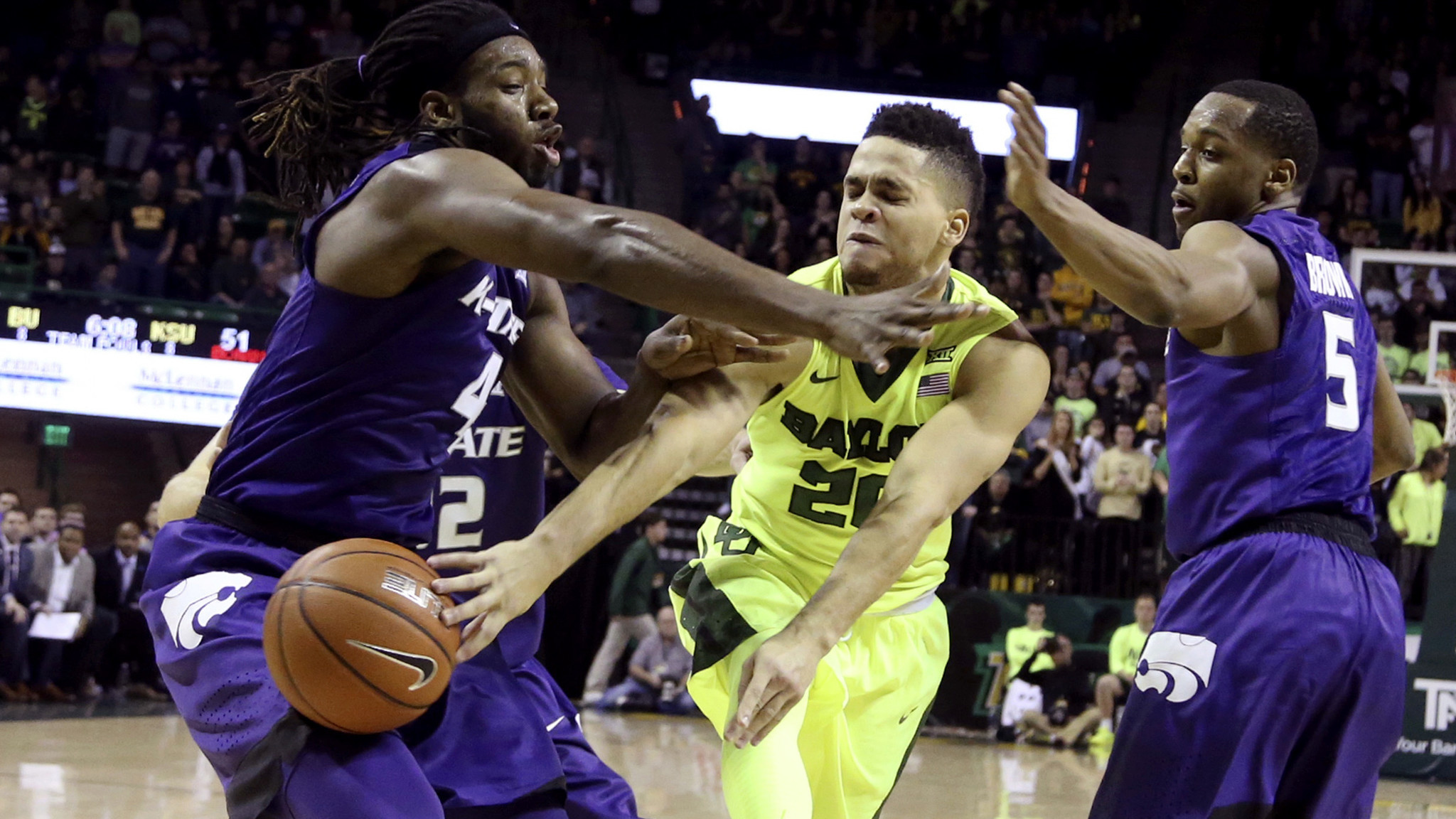 College basketball: No. 2 Baylor loses second in a row; No. 3 Kansas upset