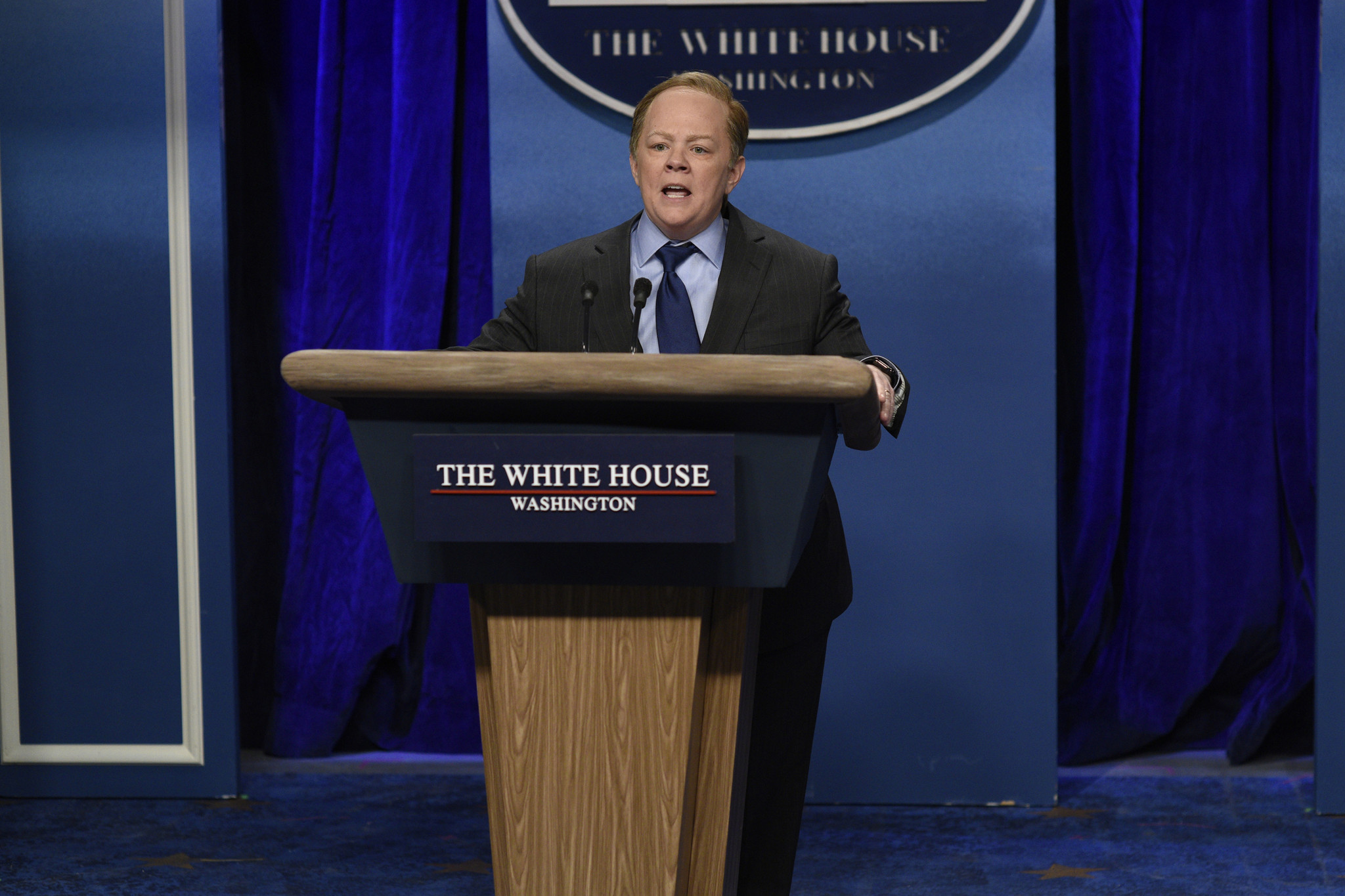 Sean Spicer: Melissa McCarthy 'could dial back' when ...