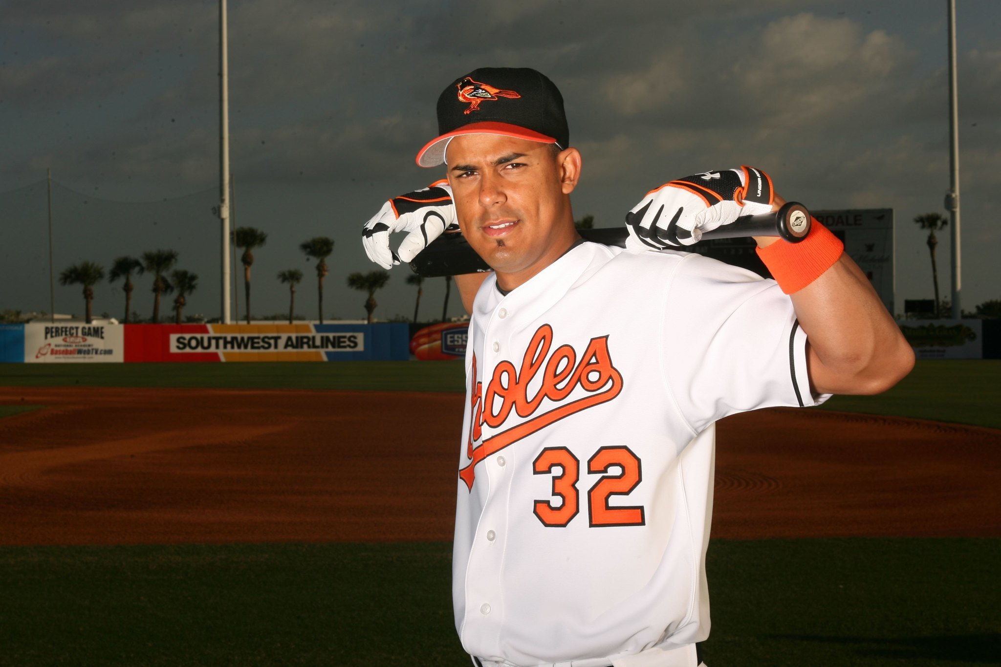Bal-former-oriole-luis-matos-manages-puerto-rican-team-to-caribbean-series-title-20170208