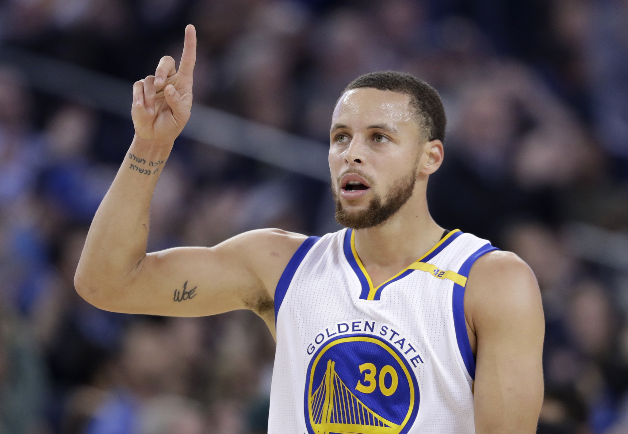 Stephen curry bluntly disagrees with under armour ceo for Steph curry new tattoo