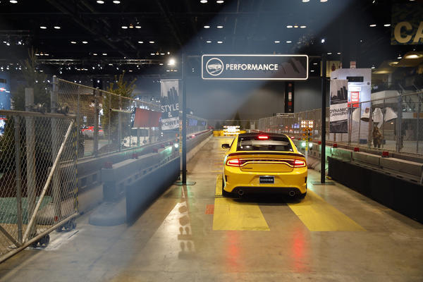 Things To Drive At The Chicago Auto Show Chicago Tribune - Car show chicago today