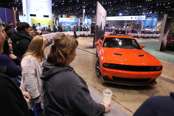 Opening Weekend Of Chicago Auto Show Brings The Crowd And The Swag - Chicago auto show car deals